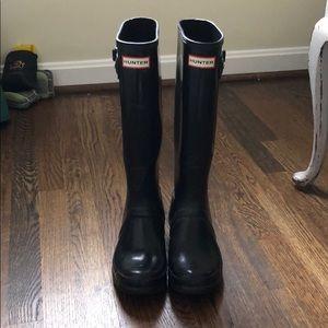 Black Tall Gloss Hunter Boots